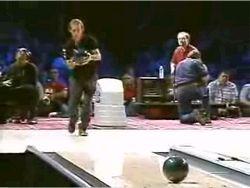 Зачетный трюк на боулинге (видео)