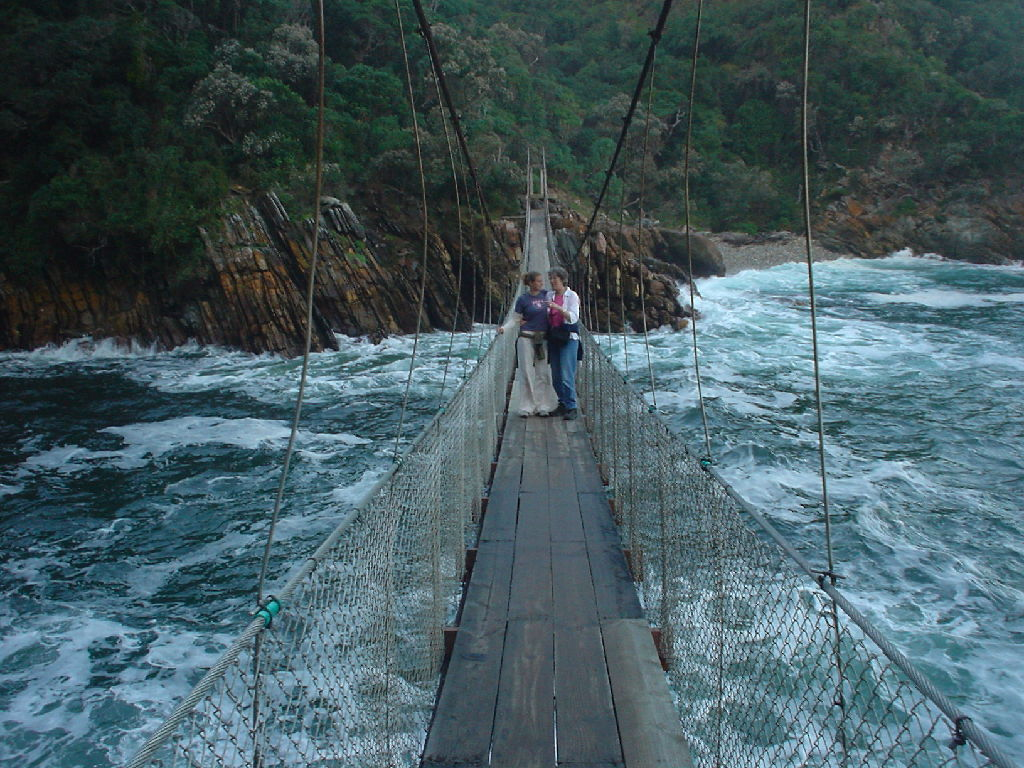 Мосты. Местами ЖЕСТЬ! (23 фото)