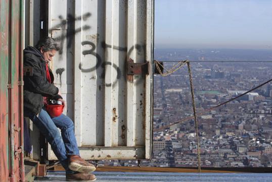 Монтажники - высотники. Они строят небоскребы. (18 фото)