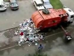 Пятничное развлечение мусорщиков