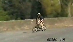 Трюк эктримального велосипедиста