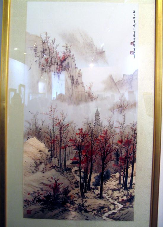 Красивая традиционная китайская шёлковая вышивка