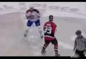 Жесть! Самый зверский бой в истории хоккея