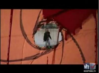 Блокбастер: бомжеватый Джеймс Бонд
