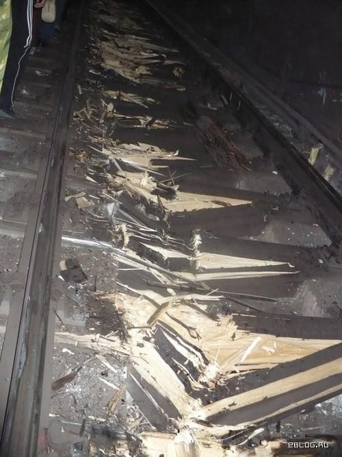 Авария в метро, репортаж очевидца. 21 фото