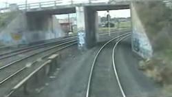 Поезд подкрался незаметно